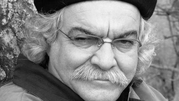 سیدعلی صالحی شاعر برجسته معاصر